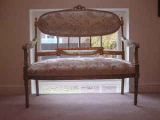 Newlook Upholstery - Classic Furniture Upholstery